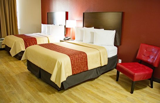 Zimmer NC Red Roof Inn and Suites Jacksonville