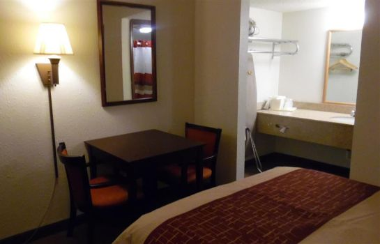 Zimmer Red Roof Suites Oklahoma City Southwest