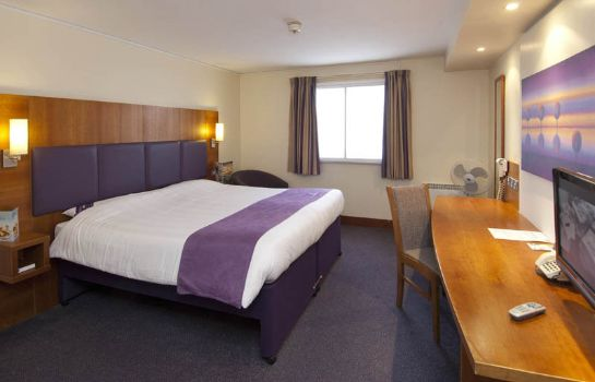 Camera Premier Inn Gatwick Crawley Town West
