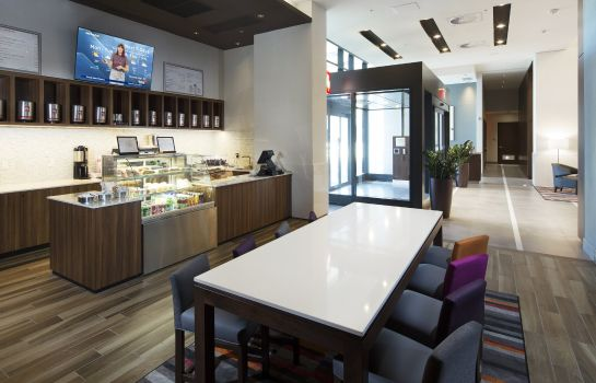 Restaurant Holiday Inn & Suites MONTREAL CENTRE-VILLE OUEST