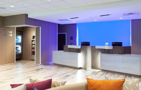 Hol hotelowy Fairfield Inn & Suites Clearwater Beach