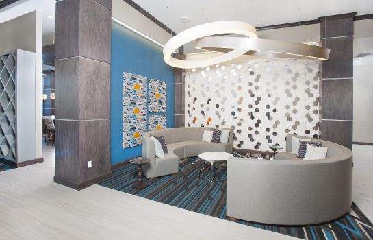 Hall Hampton Inn - Suites LAX El Segundo CA