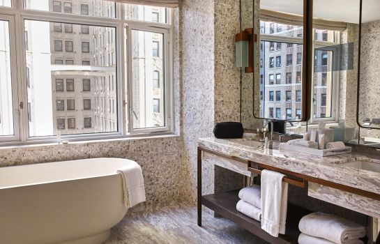 Info Four Seasons Hotel New York Downtown