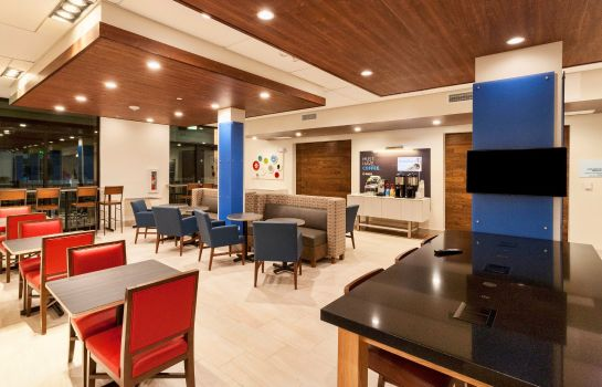 Restaurant Holiday Inn Express & Suites DODGE CITY