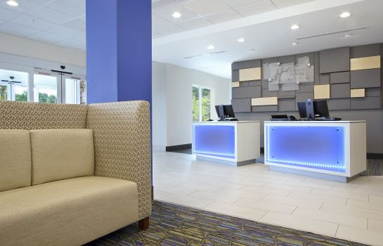 Hotelhalle Holiday Inn Express & Suites COLUMBUS NORTH
