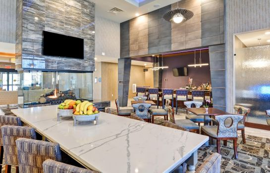 Hotel bar Homewood Suites By Hilton New Hartford Utica
