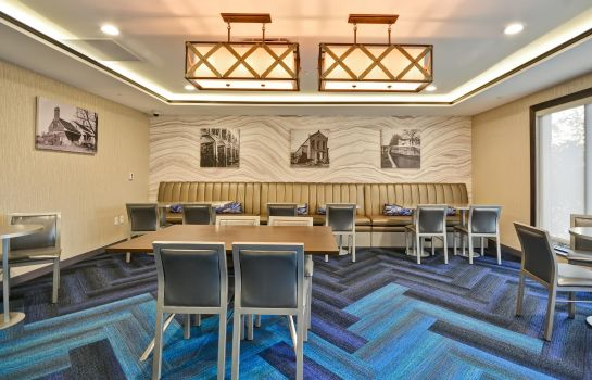 Restaurant TownePlace Suites Cranbury South Brunswick