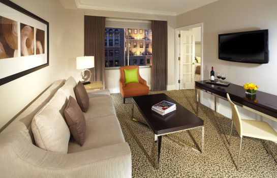 Suite Omni Berkshire Place