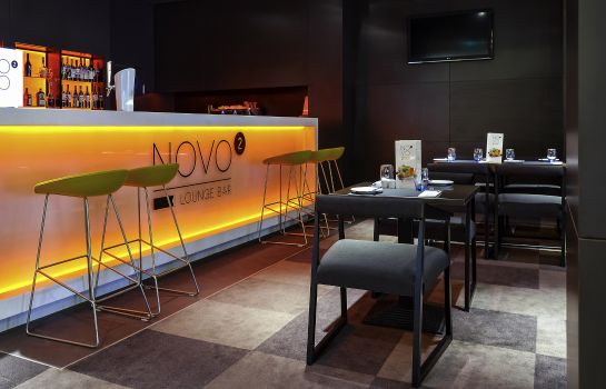 Bar del hotel Novotel Krakow City West