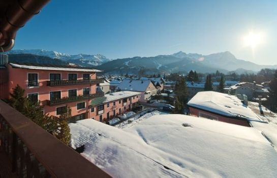Vista exterior Atlas Grand Hotel Partenkirchen
