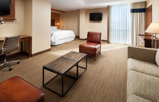 Suite Four Points by Sheraton San Jose Airport