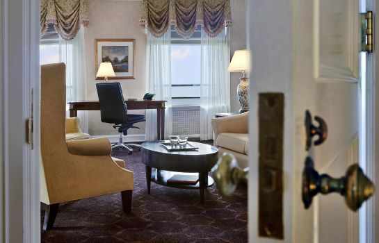 Suite The Drake a Hilton hotel