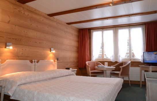 Chambre double (standard) Chalet Swiss