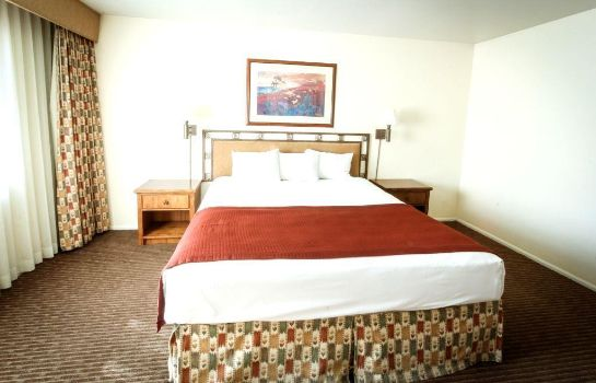 Suite THE SCOTTSDALE PLAZA RESORT