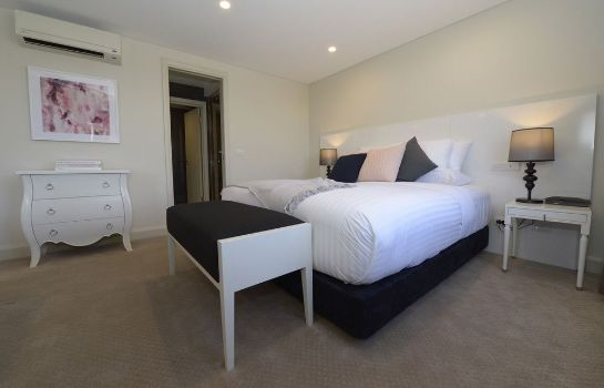 Standard room Canberra Rex Hotel & Serviced Apartments