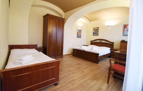 Chambre triple Little Quarter Hostel and Hotel