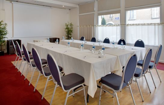 Meeting room QUALYS-HOTEL Issoire Le Pariou