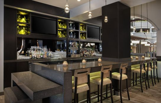 Hotel-Bar Embassy Suites by Hilton Orlando-Int*l Drive-Convention Ctr