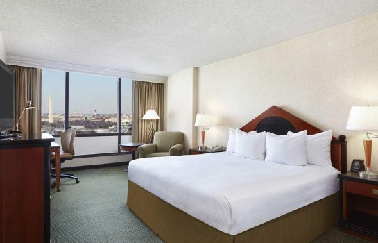 Zimmer DoubleTree by Hilton Washington DC - Crystal City