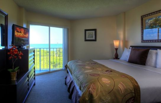 Zimmer Ocean Pointe Suites at Key Largo