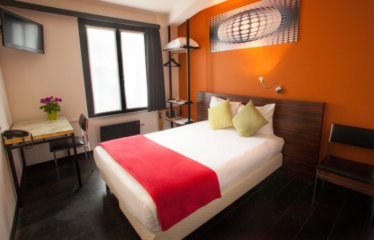 Double room (standard) Antwerp Hotel National