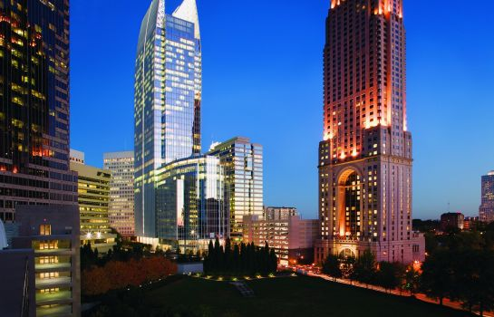 Buitenaanzicht Four Seasons Hotel Atlanta