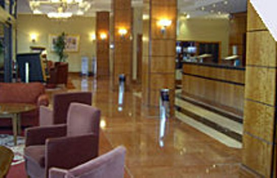 Reception Jurys Inn Edinburgh