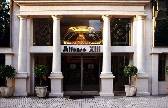 Exterior view Sercotel Alfonso XIII.