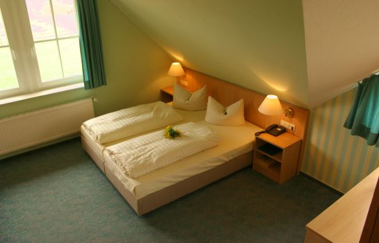 Four-bed room Seehotel Zielow