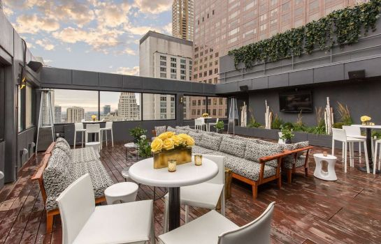 Info Cambria Hotel Chicago Magnificent Mile