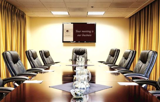 Conference room DoubleTree by Hilton Bakersfield