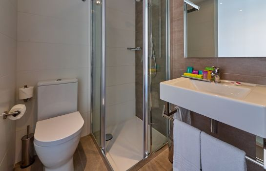 Cuarto de baño BQ Amfora Beach Adults Only