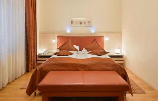 Double room (superior) Baronesse Hotel Pension