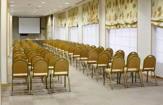 Meeting room Holiday Inn MADRID - PIRAMIDES