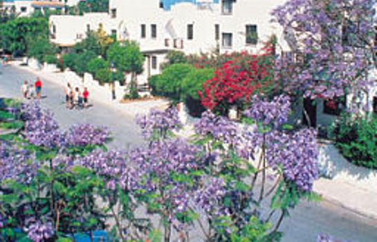 Info Paphos Gardens Holiday Resort