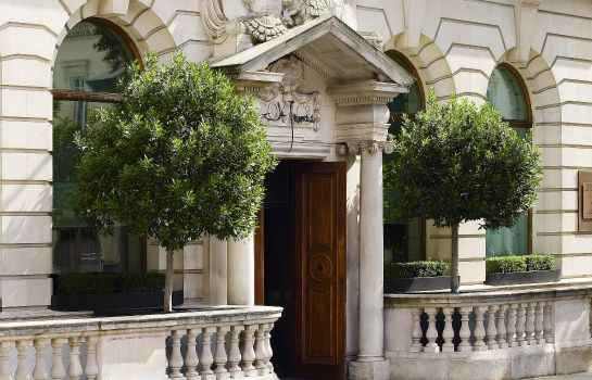 Vista exterior Sofitel London St James