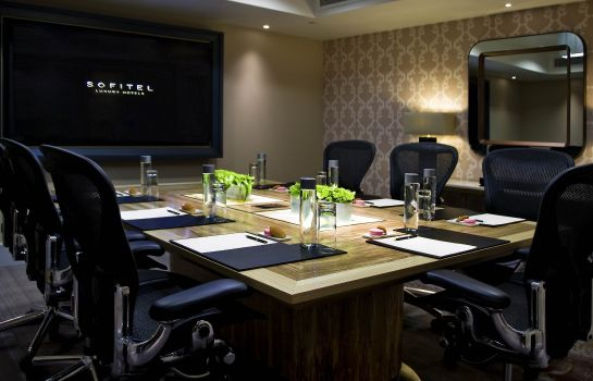 Sala de reuniones Sofitel London St James