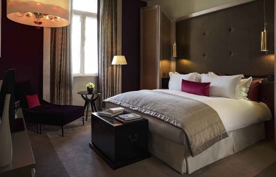 Info Sofitel London St James