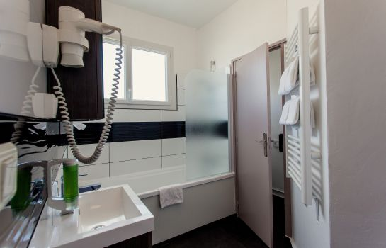 Bathroom Comfort Hotel De L'Europe Saint Nazaire