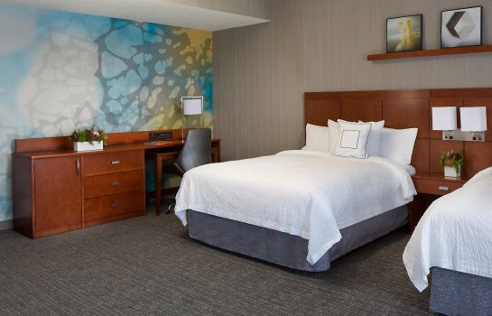 Suite Courtyard Grand Rapids Downtown