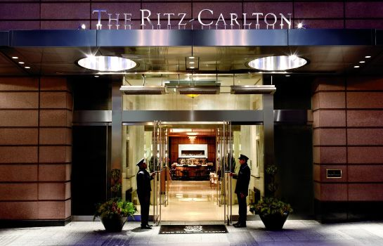 Buitenaanzicht The Ritz-Carlton Boston