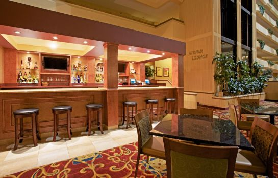Hotel-Bar Holiday Inn & Suites BEAUMONT-PLAZA (I-10 & WALDEN)