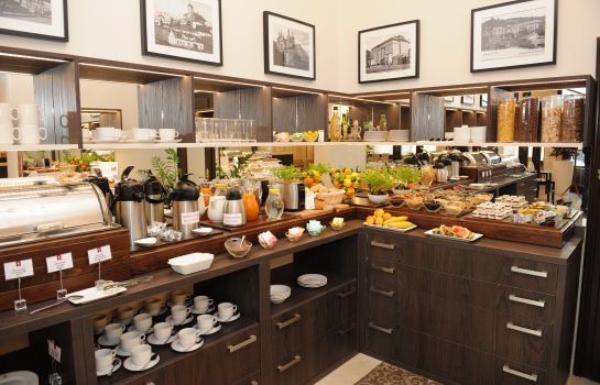 Breakfast buffet Prince de Ligne