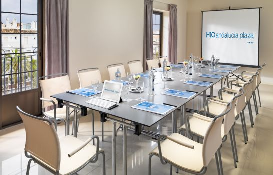 Conference office H10 Andalucía Plaza hotel