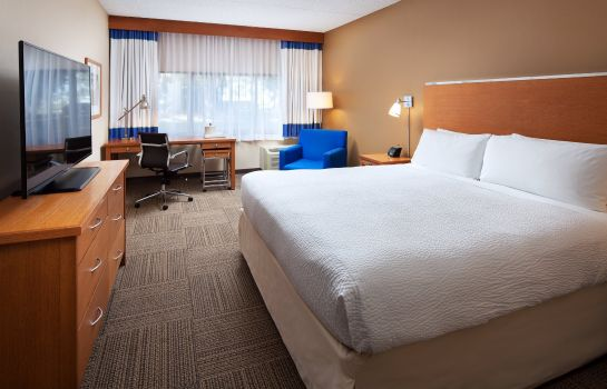Zimmer Four Points by Sheraton San Diego