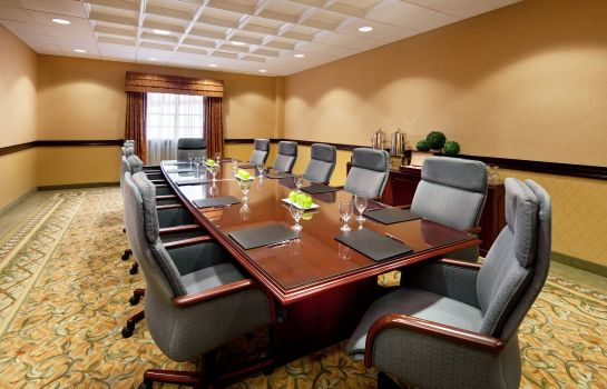 Conference room Anaheim Majestic Garden Hotel