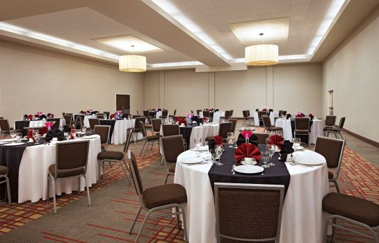 Conference room Four Points by Sheraton Kingston