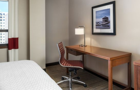 Room Four Points by Sheraton Kingston