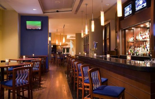 Hotel bar Hilton Philadelphia at Penn*s Landing
