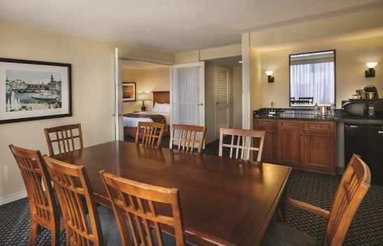 Bar hotelowy DoubleTree by Hilton Chicago - Oak Brook